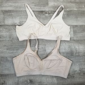 Cacique 2 bras, size 48 D. One tan, one cream